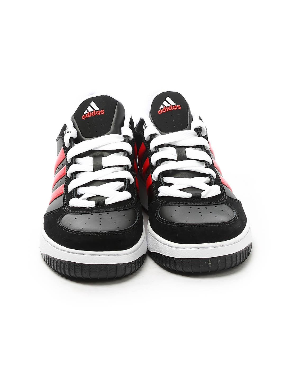 阿迪达斯adidas男子黑色篮球鞋674404