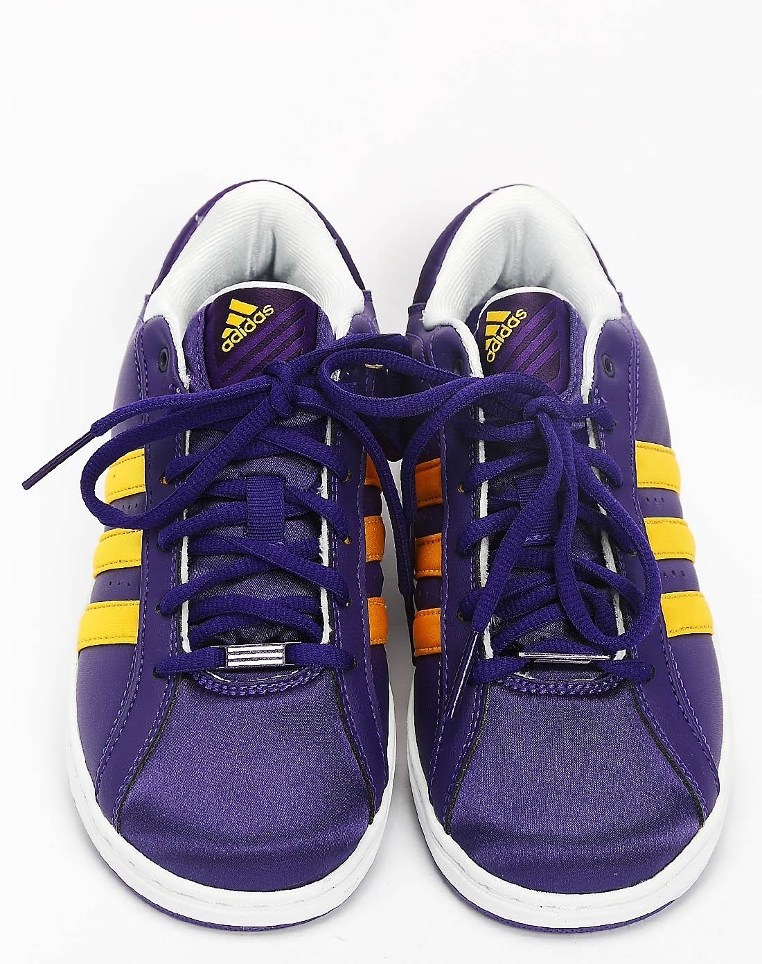 阿迪达斯adidas女子紫色篮球鞋g23648