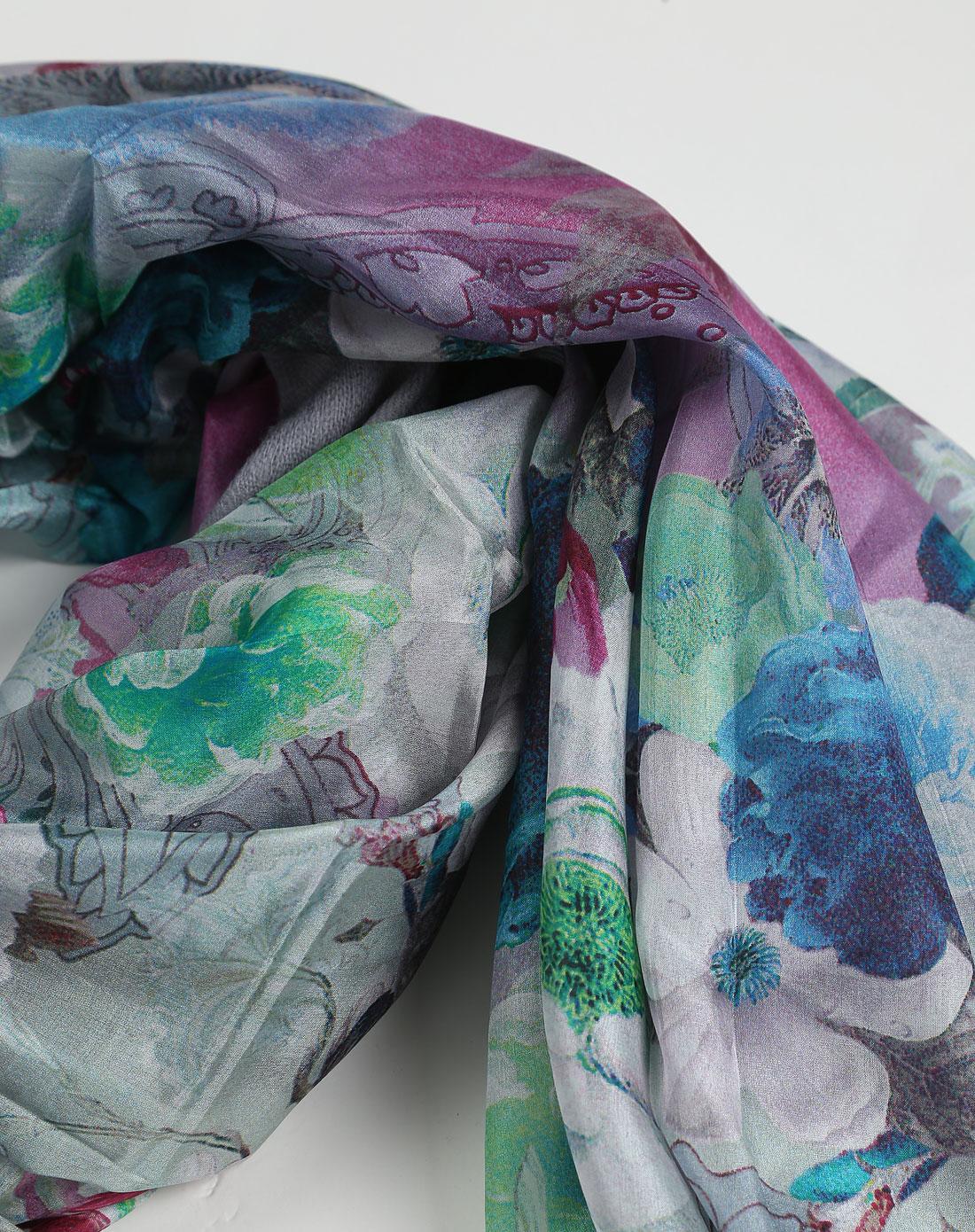 丝围巾的带法步骤图片