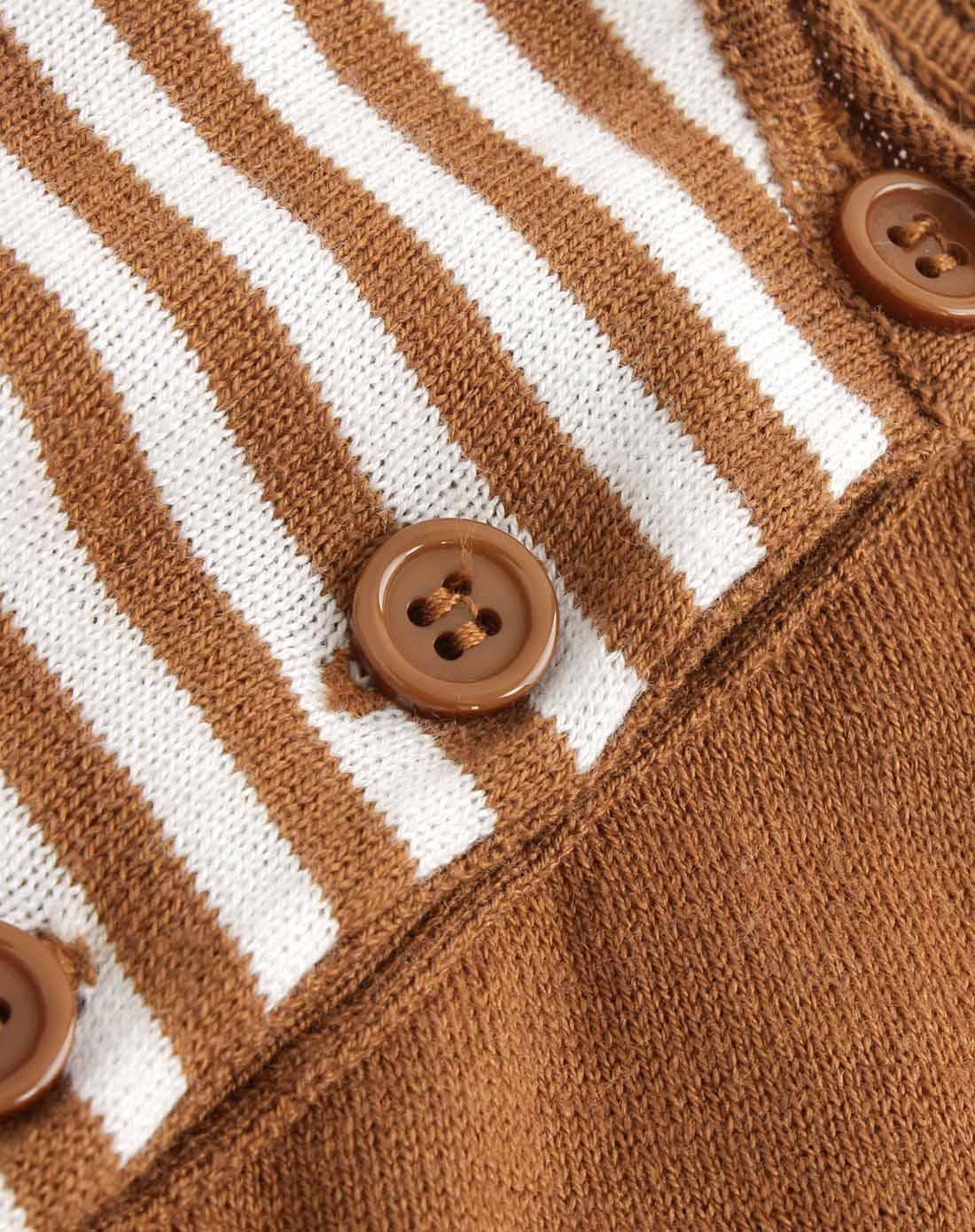 韩都衣舍 棕色短袖条纹针织衫