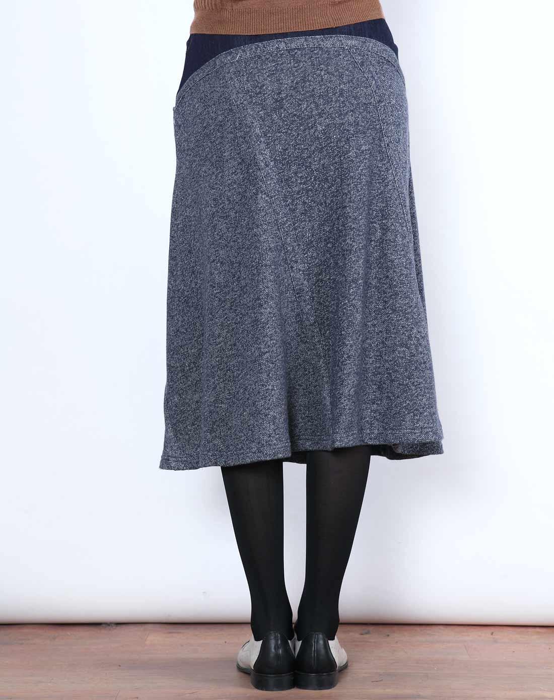 英伦蔚蓝针织结构长腰裙