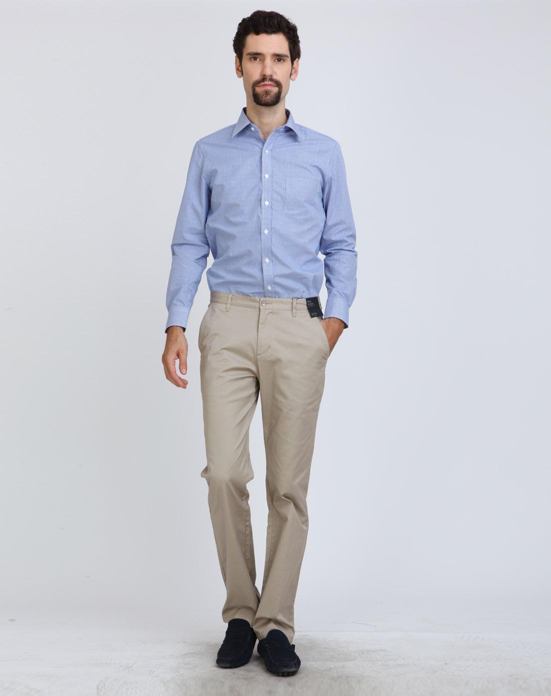 男士蓝色长袖衬衫