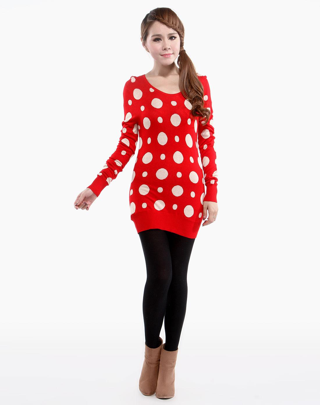 圆领大小圆圈红底米色长袖毛衫