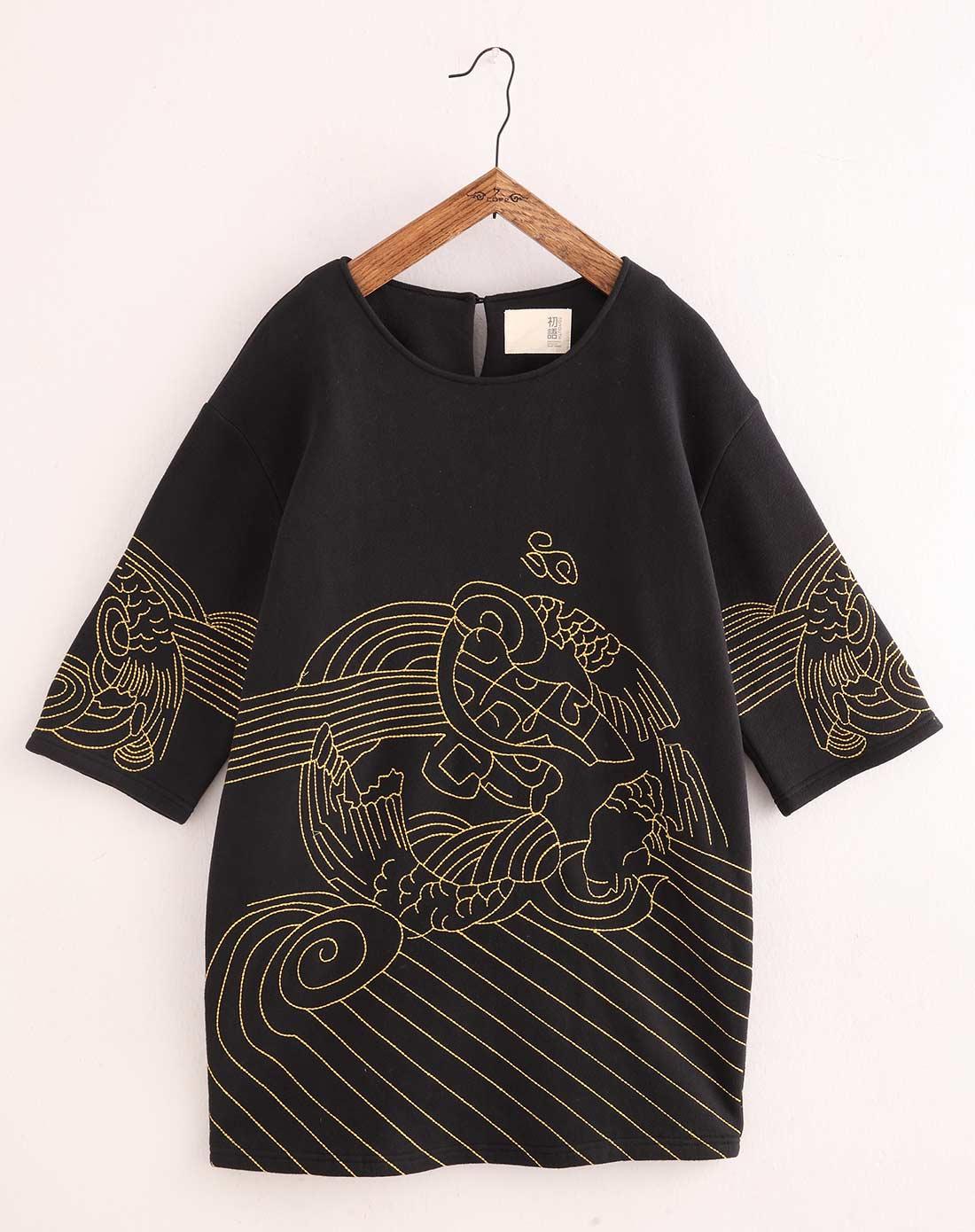 黑色气质京剧花纹七分袖卫衣