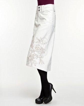 女款气质花纹米白色长裙