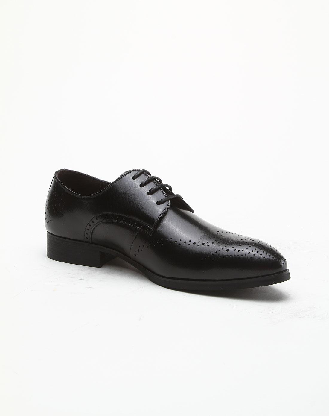 黑色布洛克雕花皮鞋