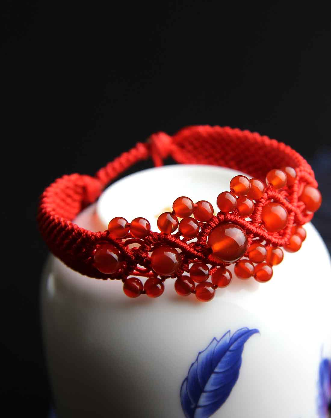 红玛瑙纯手工编绳攒珠手链附证书