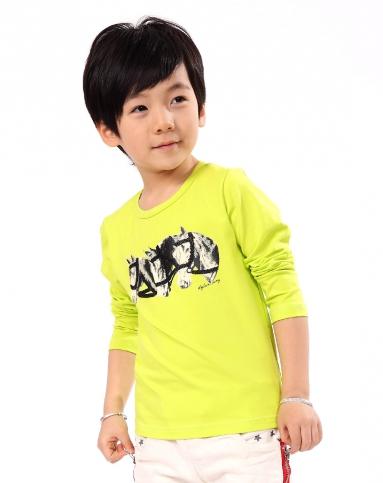 男童荧光绿长袖t恤