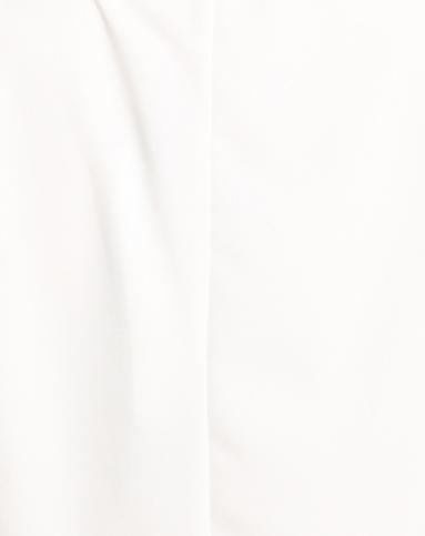 奶白色简约甜美中袖雪纺衫