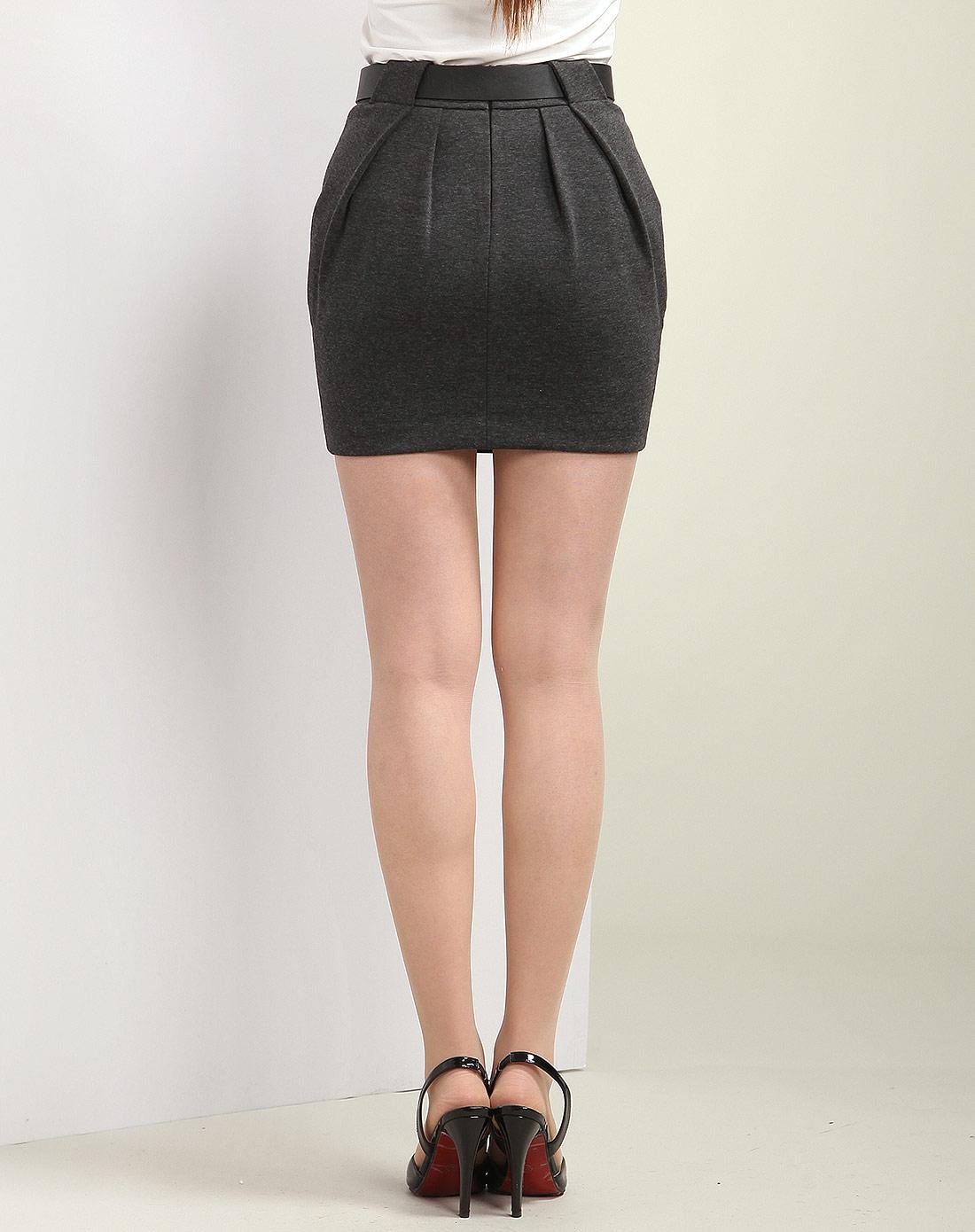 灰色时尚球型一步裙