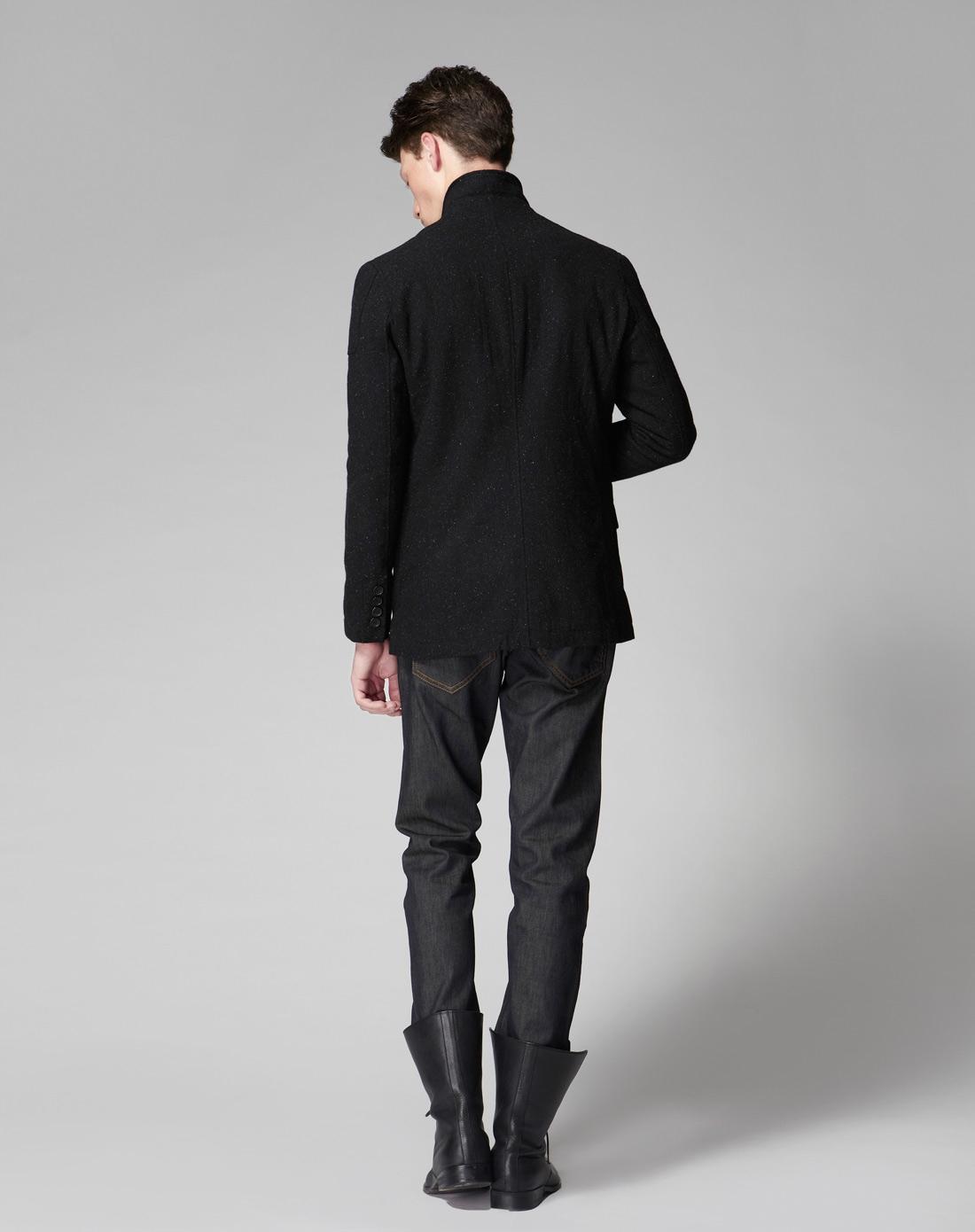 黑色西装外套图片