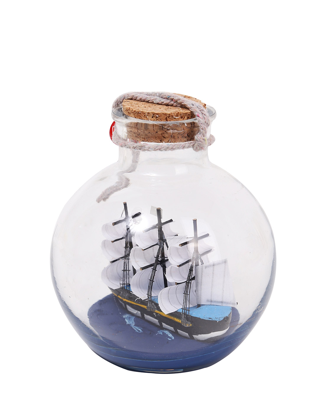 用瓶子做船的步骤图片