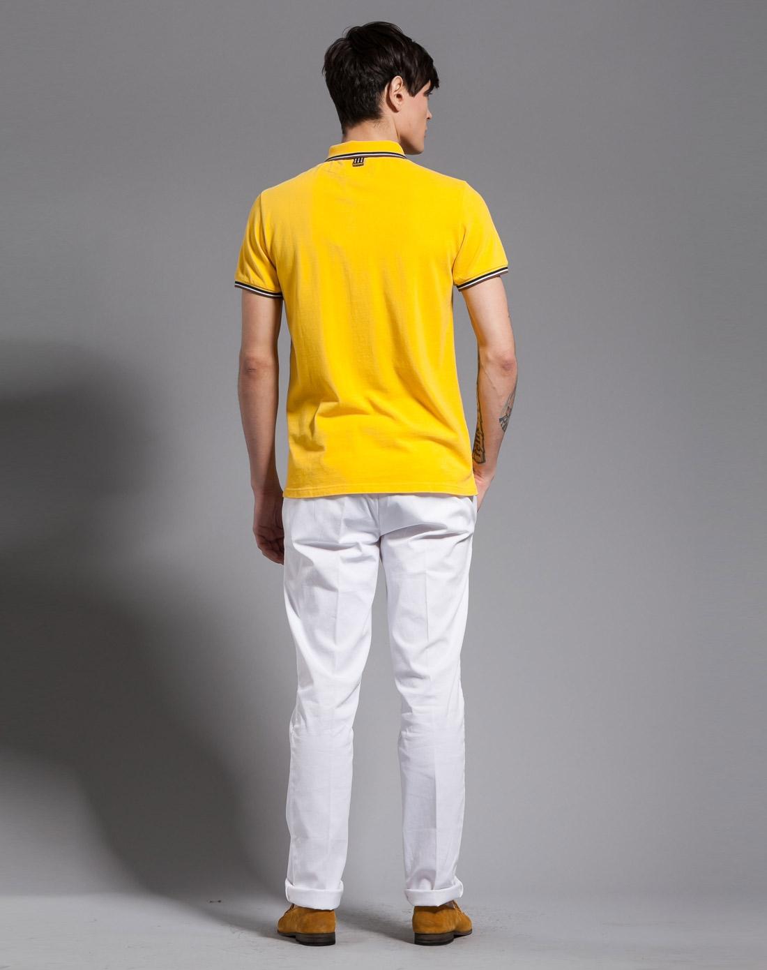 黄色简约短袖polo衫