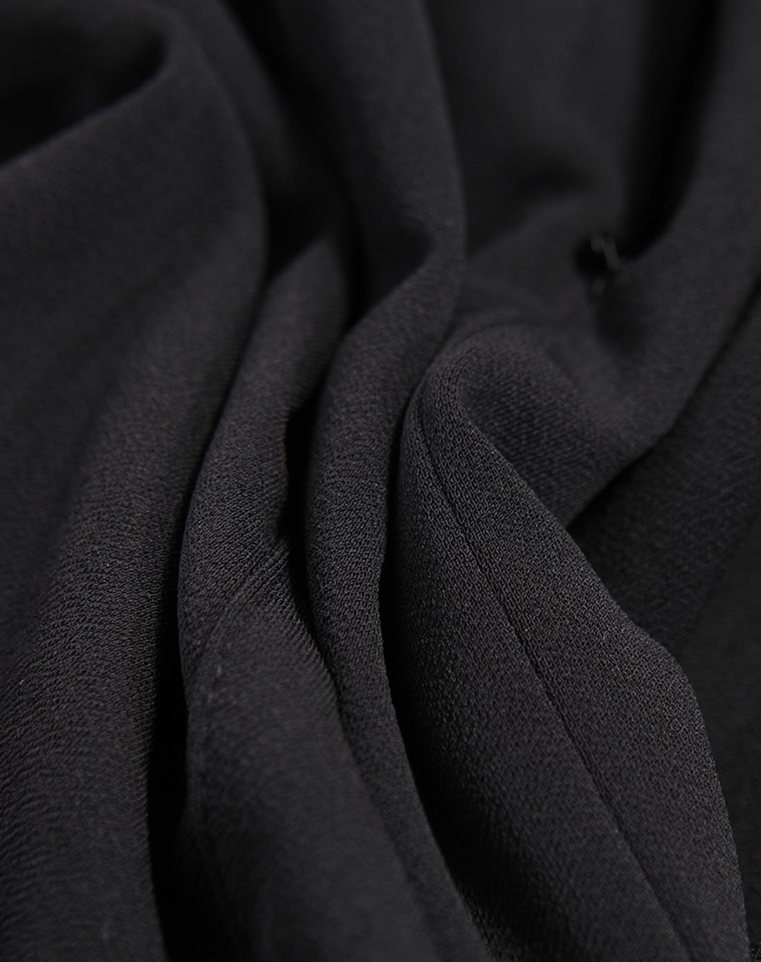 黑色铅笔裙