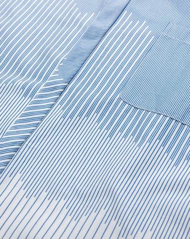 蓝/白色渐变条纹短袖衬衫