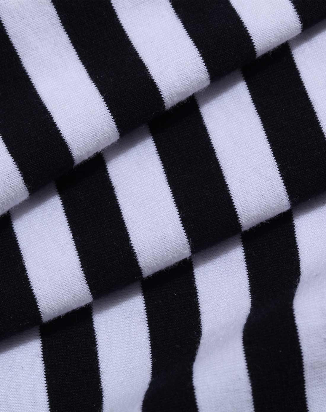 白色 黑色横条纹印花落肩短袖t恤