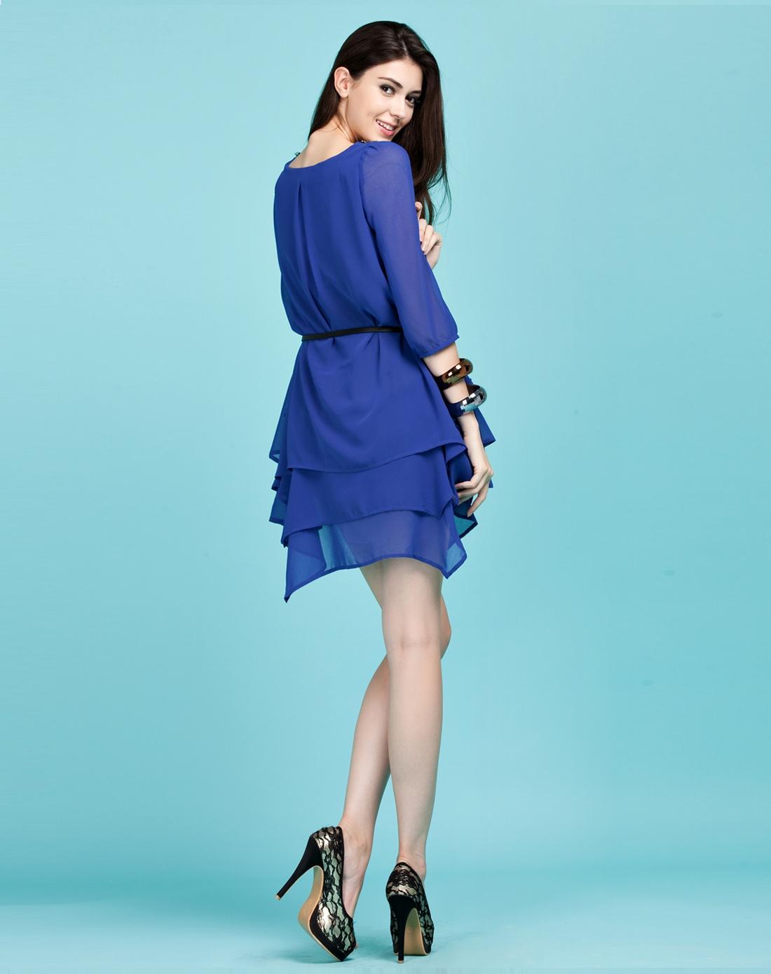 连衣裙蓝色