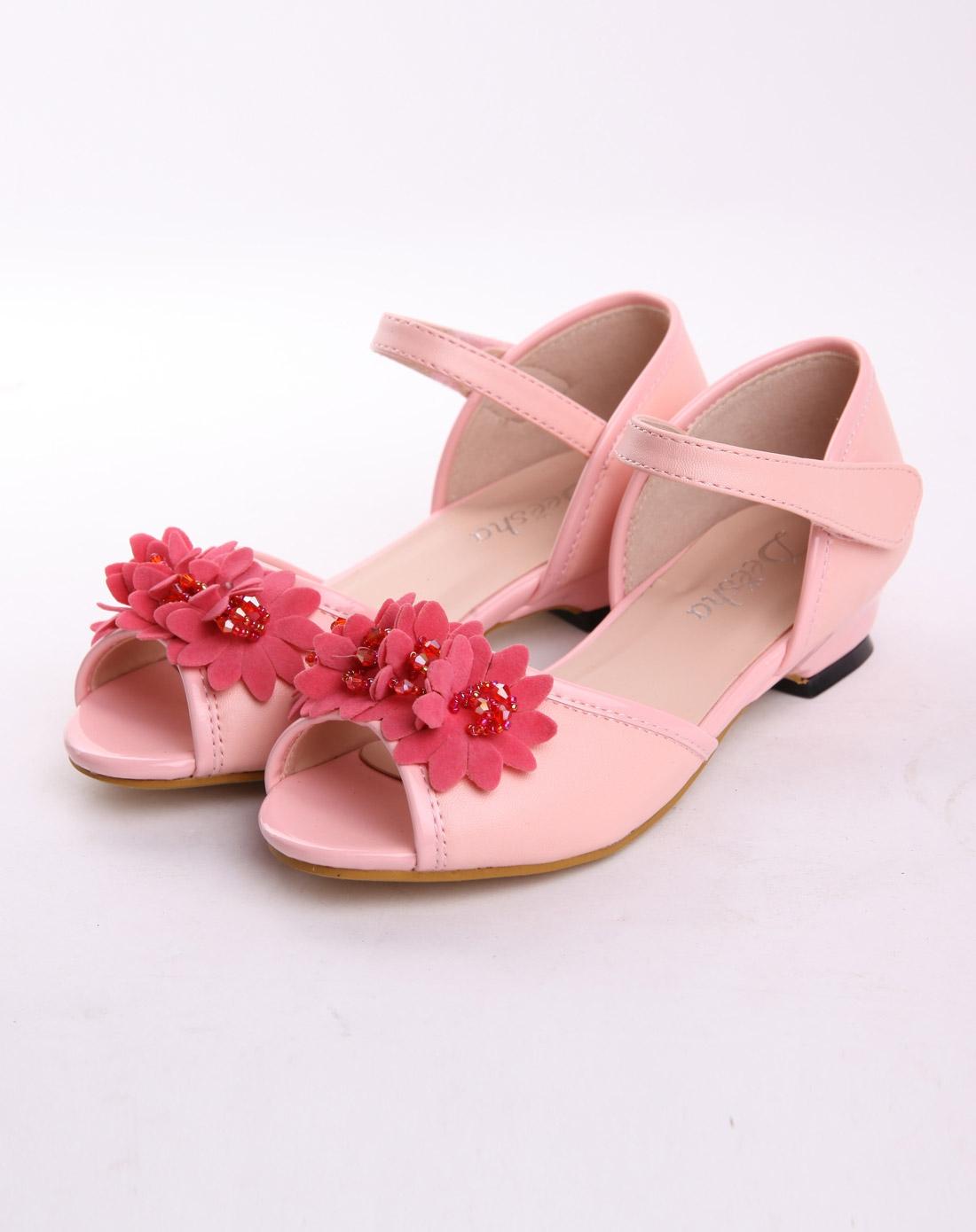 粉色鞋子图片素材