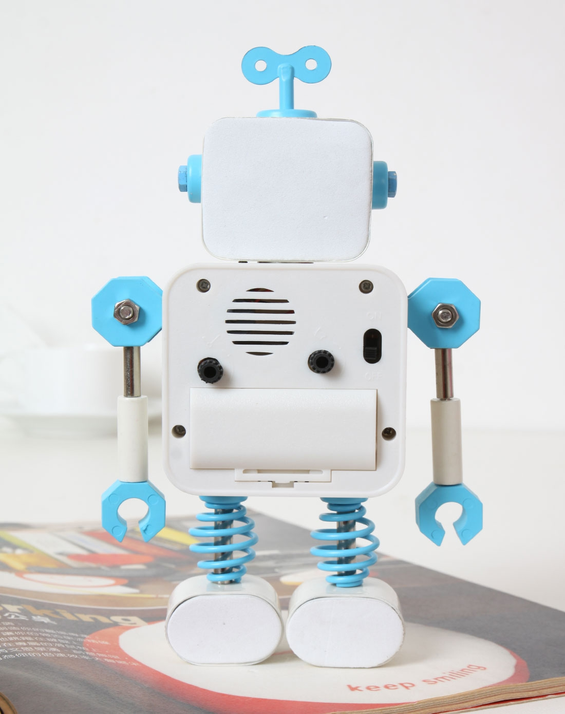 手工机器人囹�a�i)�aj_手工机器人闹钟-白色