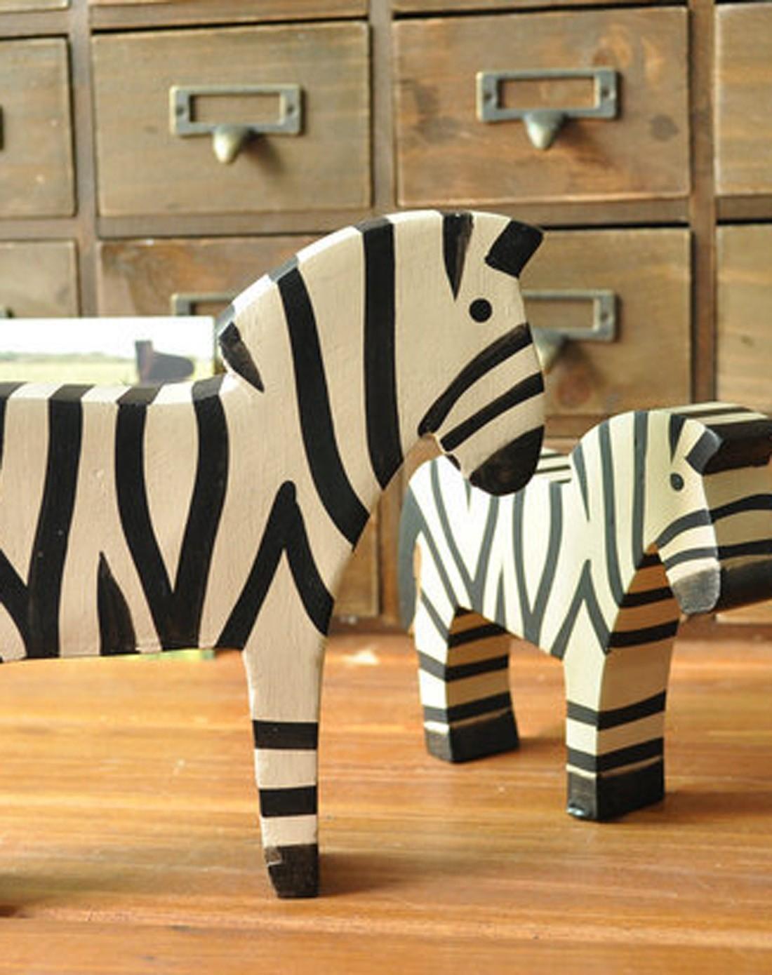 上居逸品shangju-yeepin欧式创意原木雕刻摆件斑马1a