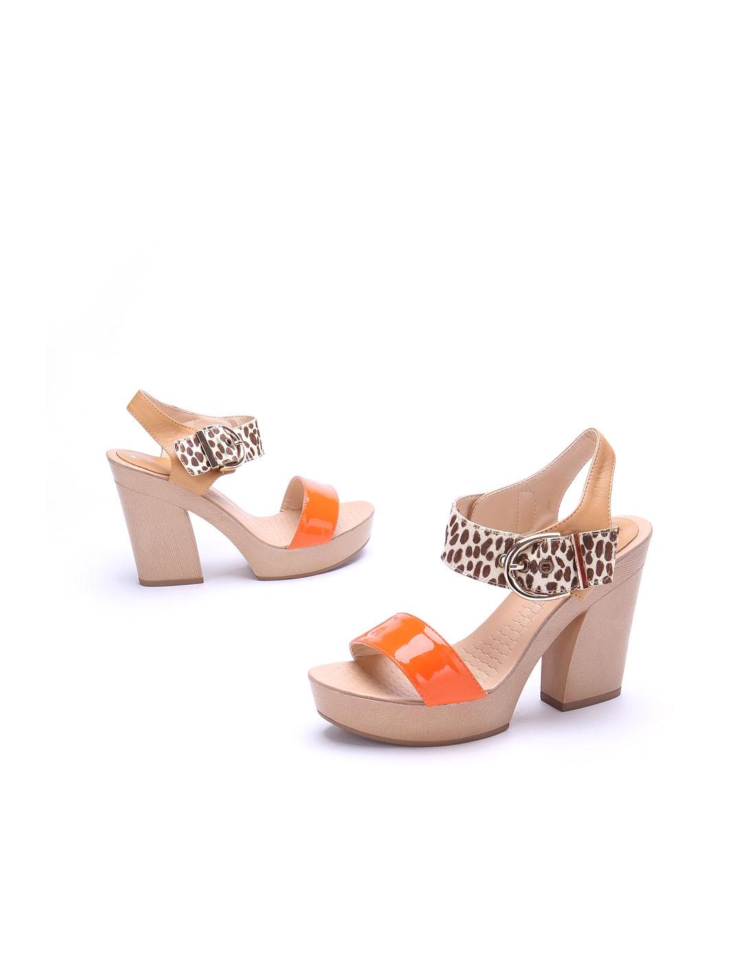 高蒂 女款橙色漆皮凉鞋