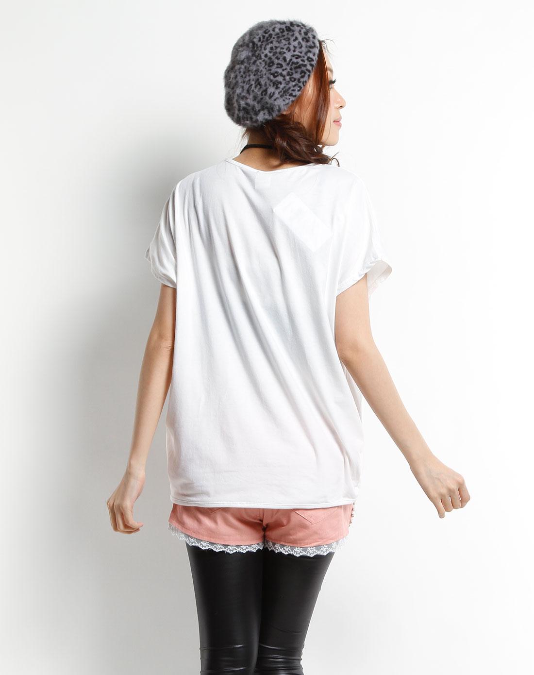 白色手绘风格短袖t恤