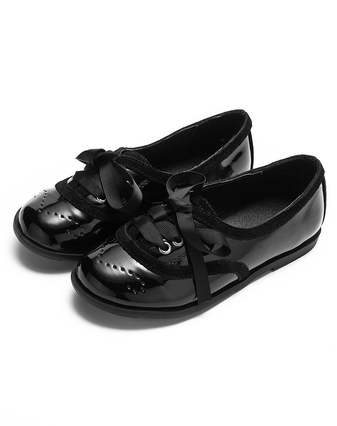 黑礹/&�yi)_女童宾士黑皮鞋