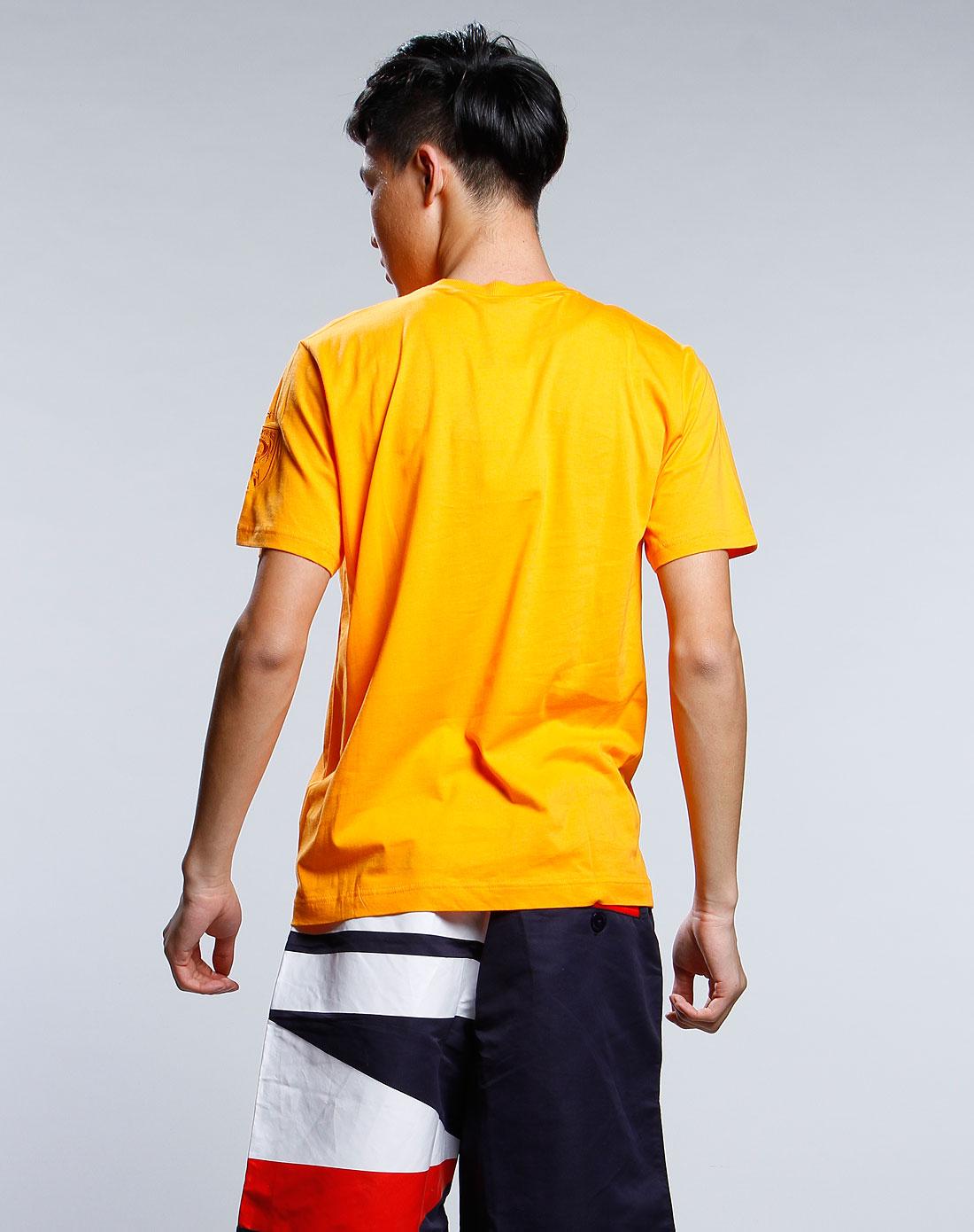 火焰橙色时尚圆领休闲短袖t恤