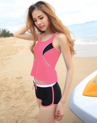 女士玫红日韩风时尚运动修身泳衣二件套