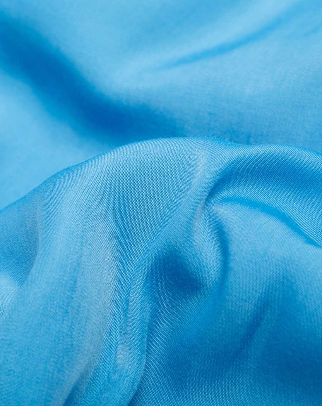 浅蓝色素雅简约无袖连衣裙