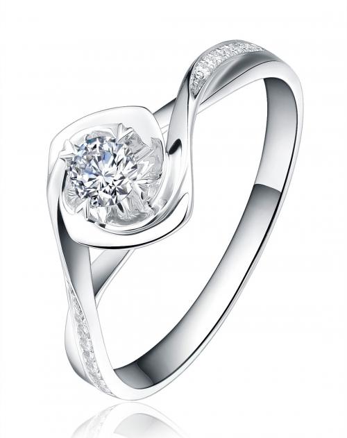 卡迪珠宝 18k白金欧美时尚设计钻石戒指-飞轮海