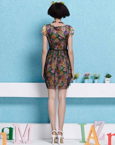 黑/紫色花纹网纱拼接短袖连衣裙