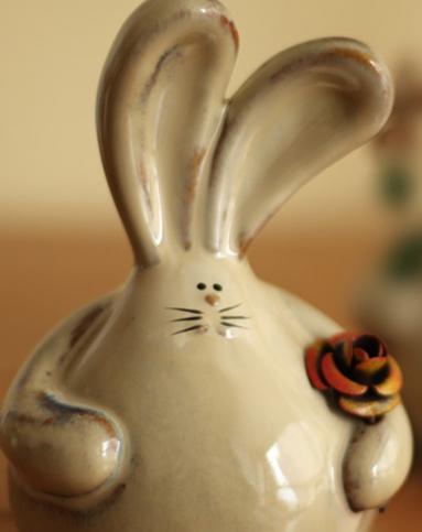 花花兔情侣现代陶瓷工艺品家居摆件