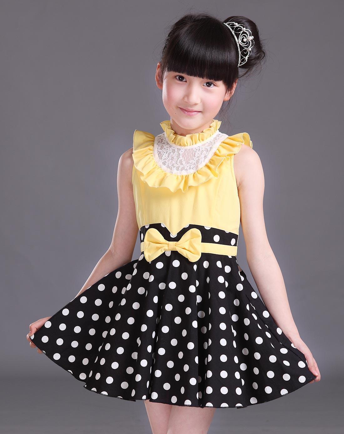 女童黄色连衣裙