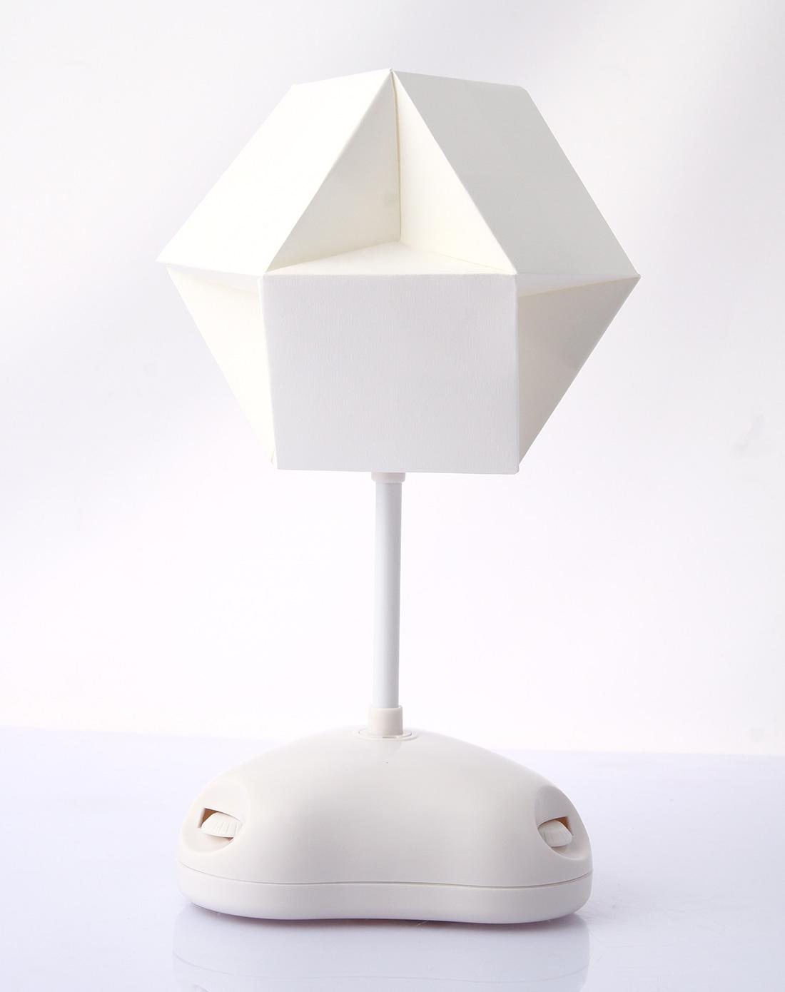 自制5v简单七彩灯电路图