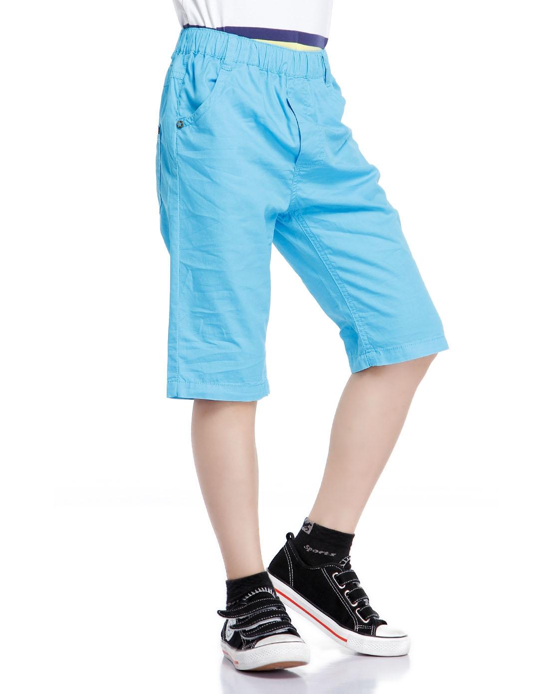 男童纯色简约浅蓝色七分裤