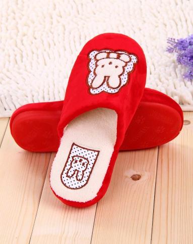 戴君儿女士红色小兔子卡通冬季保暖居家地板拖鞋xlla