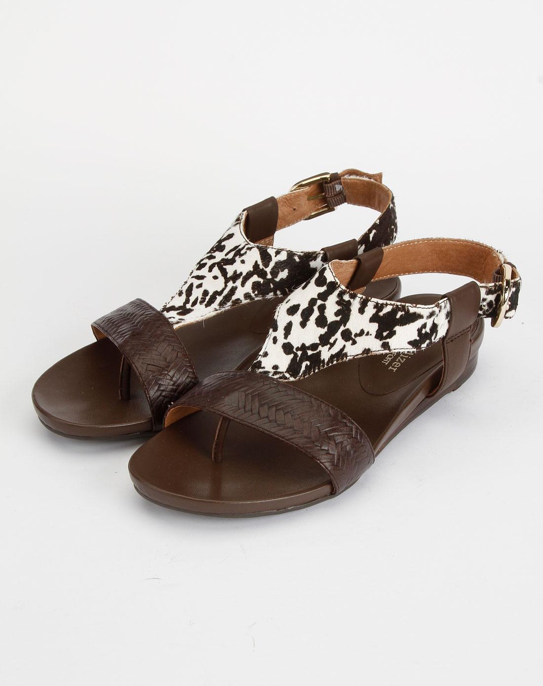 舒适平底罗马结构咖白色/深咖色凉鞋