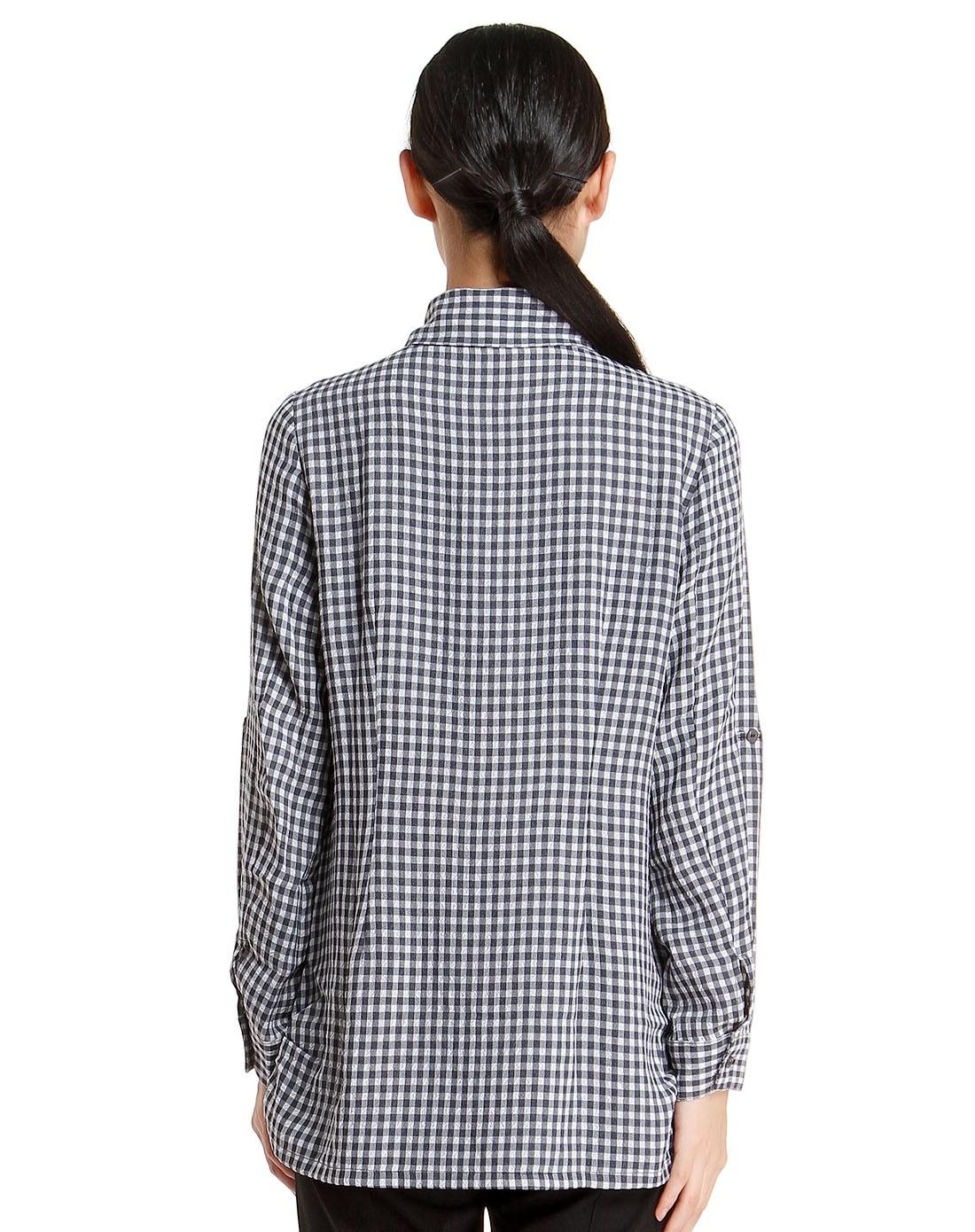 格子灰色长袖衬衫