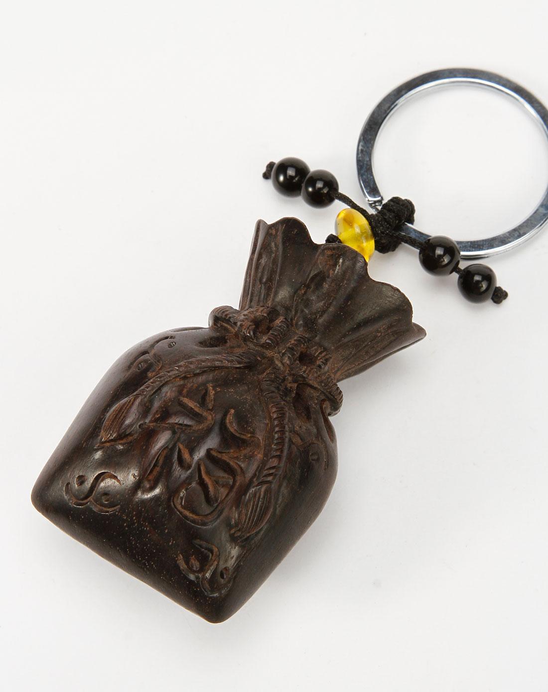 深咖色手工雕刻吉祥大钱袋黑胡桃钥匙扣