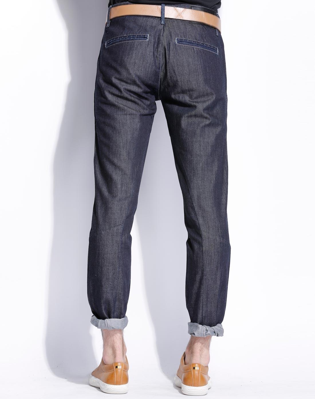 男款深蓝牛仔裤