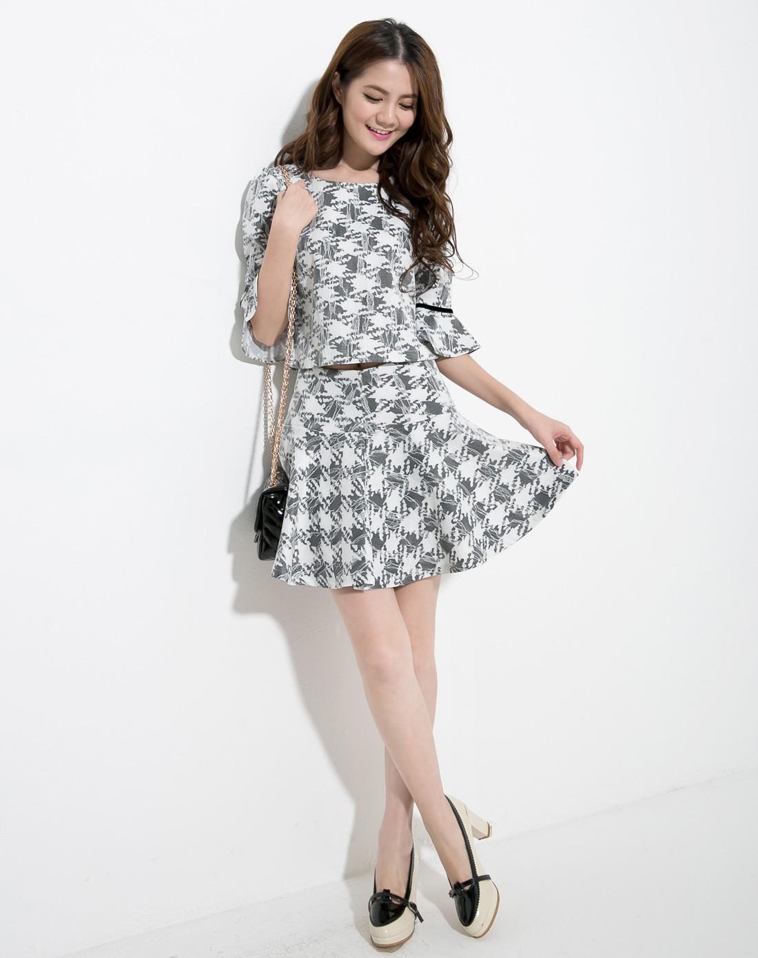 黑白格套装裙