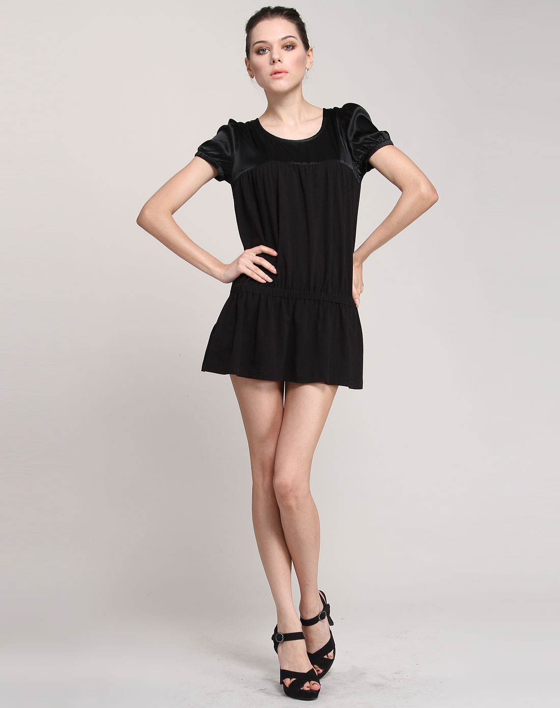 fairyfair女装专场-黑色时尚短袖针织连衣裙