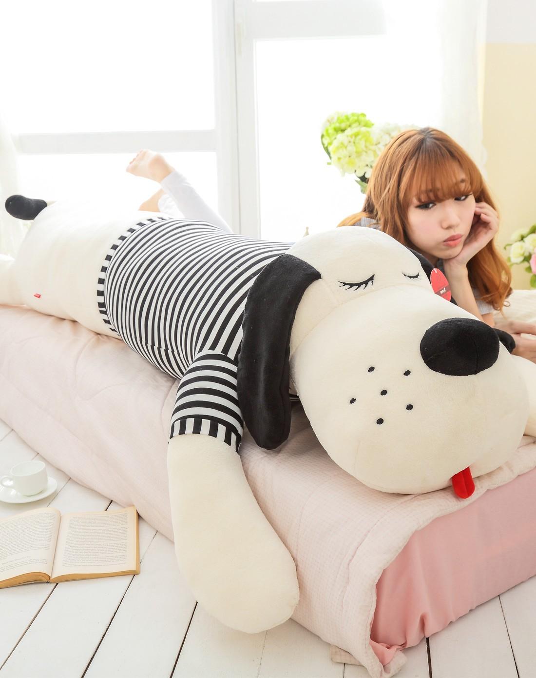 小号黑白创意条纹狗睡觉抱枕 90厘米