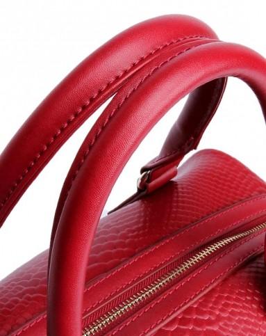 女士酒红色牛皮鱼鳞纹手提包