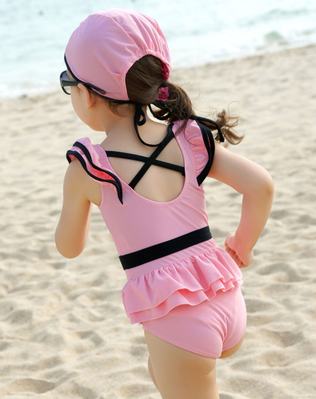 女童粉红色可爱连体泳衣