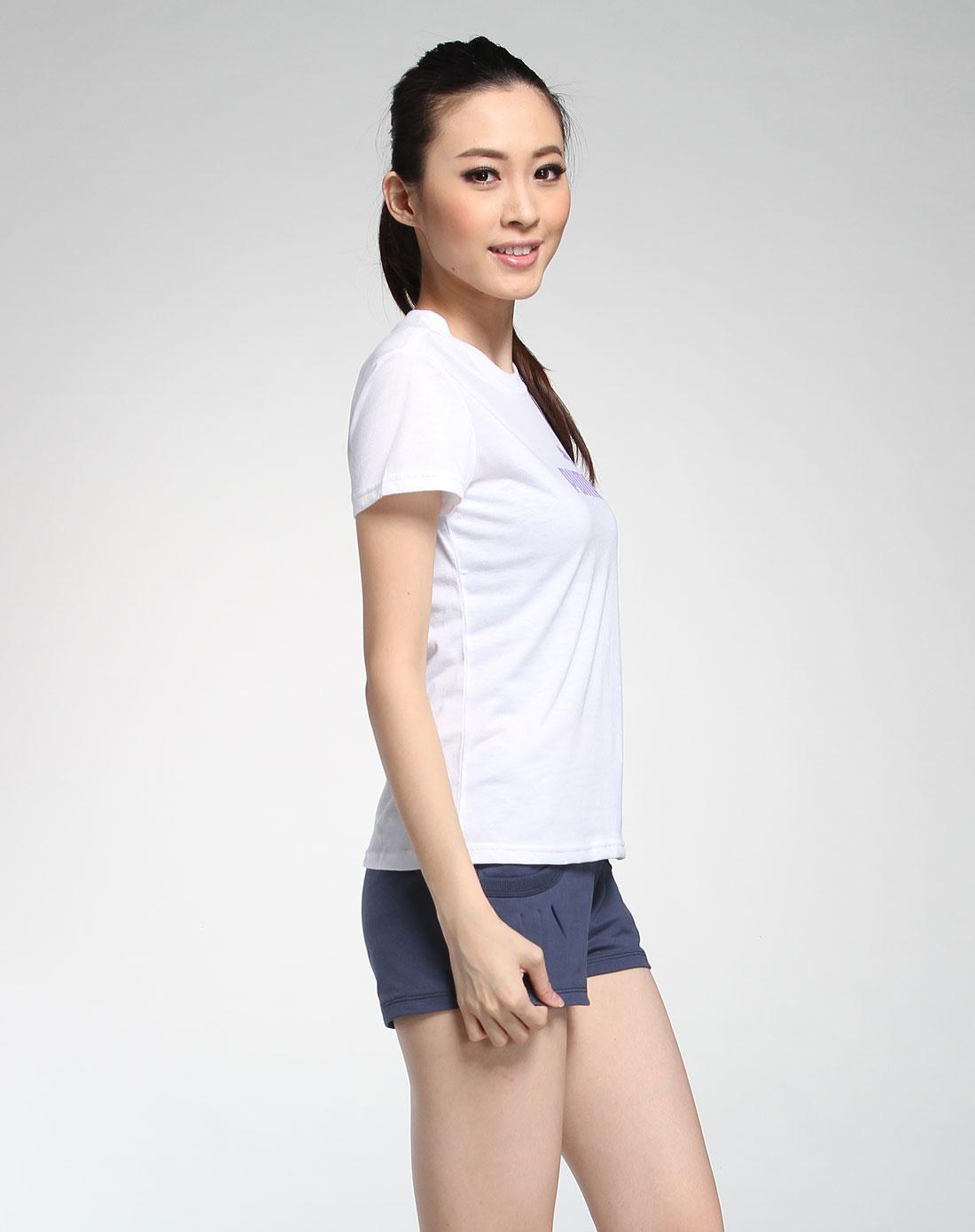彪马puma女款白色休闲短袖t恤50674129