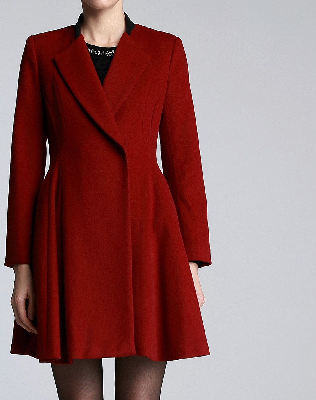 bblluuee女装枫叶红长大衣