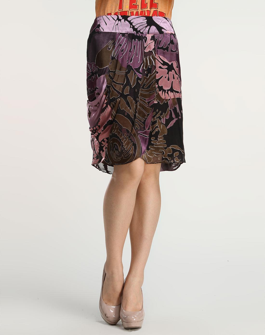 紫色时尚花纹短裙