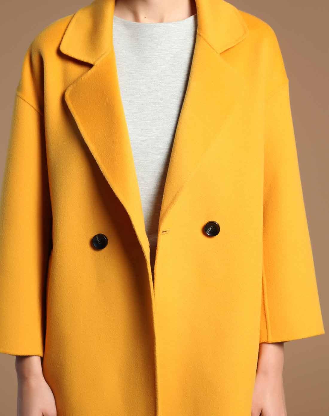 黄色双面呢廓形大衣